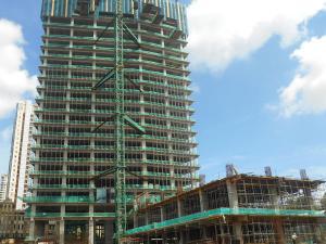 Area Retail dan tower utara Citra Towers